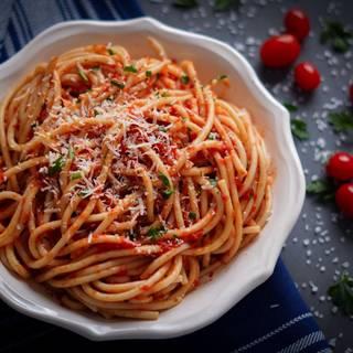 Classic Tomato Sauce Recipe for Pasta