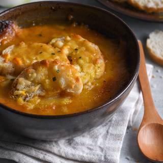 French Onion Soup (Soupe à l'Oignon Gratinée) Recipe