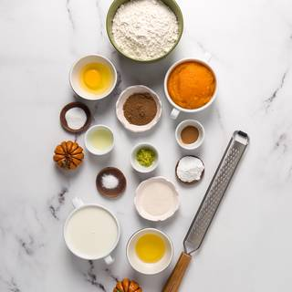 Maybe you think that all these ingredients for making pancakes? I must say do not delete even one. Trust me and after eating it, you will realize how different it tastes from all the pancakes you have ever eaten.