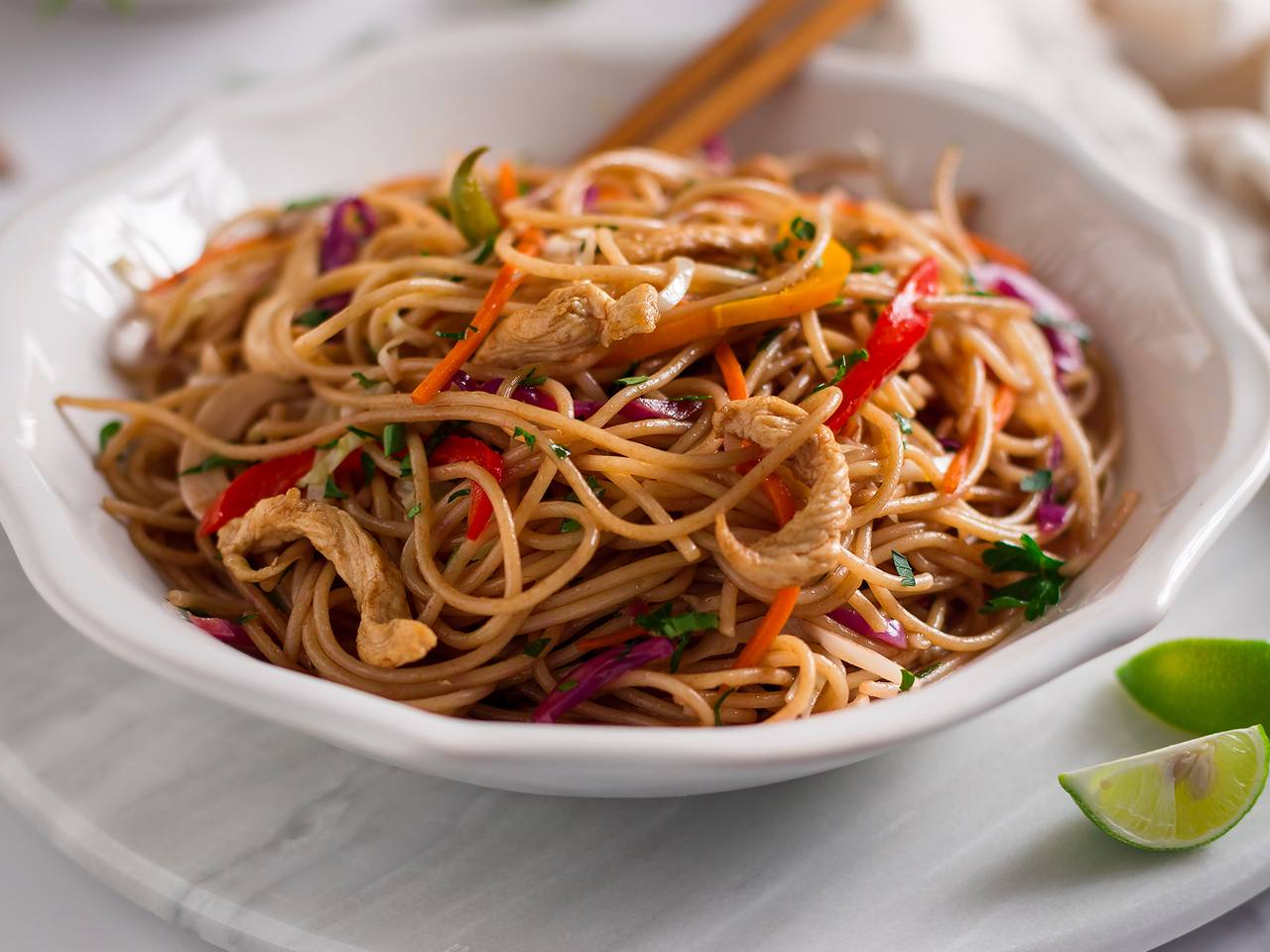Easy Chicken Chow Mein Recipe