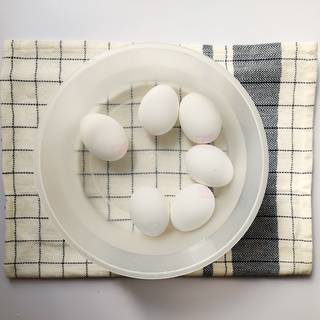 To peel the eggshells easier, put the eggs in cold water and let to cool.