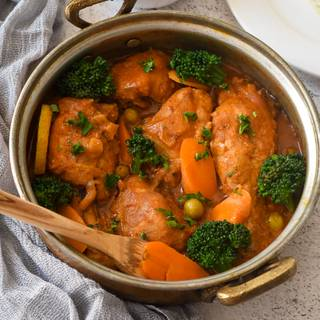 Curried Chicken Thighs with Vegetables