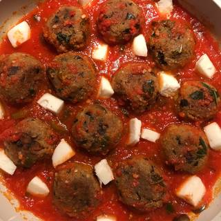 Simmer for 10 to 15 minutes until the sauce is thickened then Add cubed mozzarella cheese too.