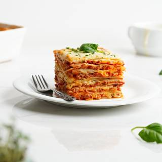 Easy Homemade Lasagna Recipe - Classic Dinner