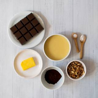 We can prepare the required condensed milk at home or use ready-made condensed milk.
