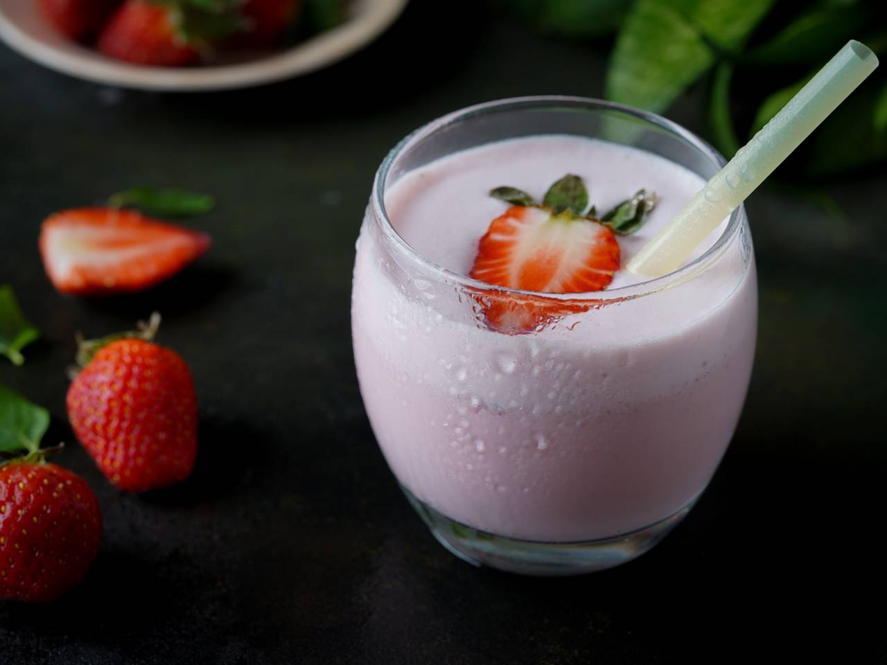 One Minute Strawberry Milkshake