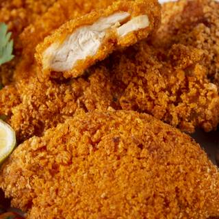 Now our fried chicken is crispy on the outside and ready to serve.