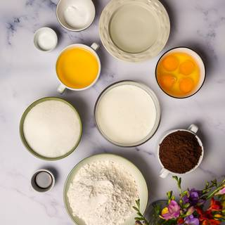 We need 1.5 cups of buttermilk for our recipe. You can replace the buttermilk by mixing 3 tablespoons of white vinegar with 1.5 cups of milk and let it rest for 30 minutes.